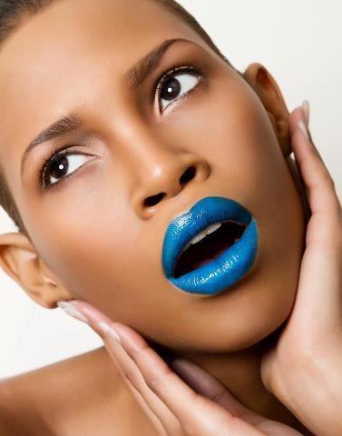 Baby-blue-lipstick