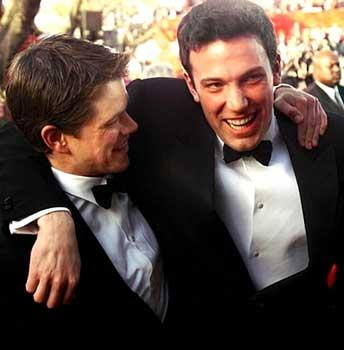 matt_damon_ben_affleck_in_tuxedos