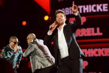 robin-thicke-bet-awards