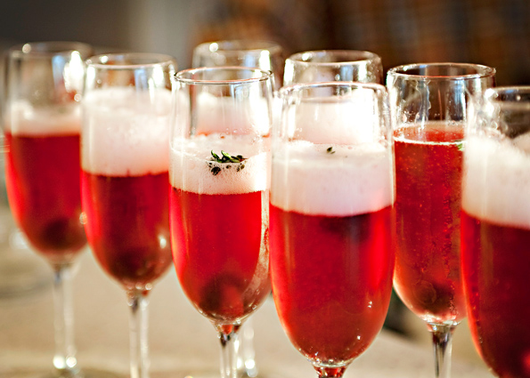 Holiday Happenings: Flavor & Bubbly
