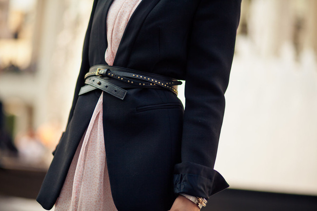 Still Trending: 7 Different Ways To Wear Your Black Blazer
