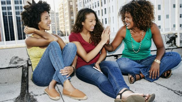 012214-health-women-friends-college-students-female-image